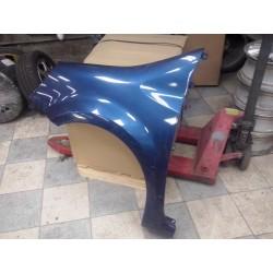 modus  aile avant gauche parfait etat !!! couleur  bleu metal nacree  vernie   vendu complet de 2004 a 2007