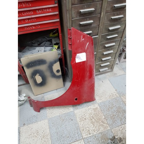 aile avant gauche clio 2 phase 2 de 2001 a 2010 rouge opaque rouge pompier ref 7701473448. Black Bedroom Furniture Sets. Home Design Ideas