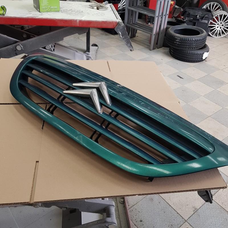 calandre citroen c3 couleur vert metal en tres bon etat 2002 a 2008 ref 1611637680. Black Bedroom Furniture Sets. Home Design Ideas