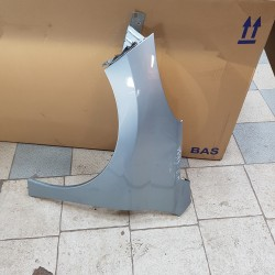 207 peugeot aile avant gauche couleur grise metal  BLEUTEE REF  7840R9