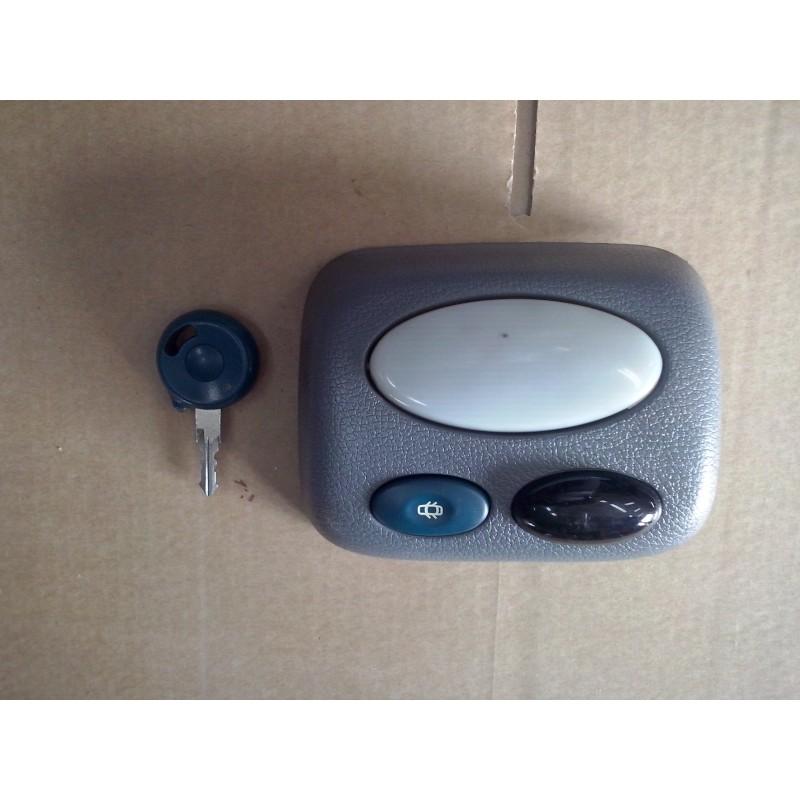 plafonnier twingo 1 eclaireur interieur vendu avec electronique de centralisation infrarouge et. Black Bedroom Furniture Sets. Home Design Ideas