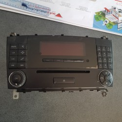 RADIO CD MERCEDES CLASSE C A2038700589 A 203 870 05 89 MF2530