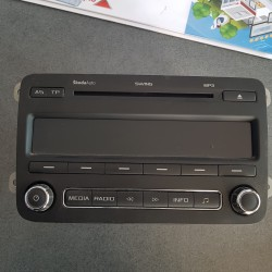 AUTORADIO Original SKODA Radio CD MP3 SKODA FABIA II SWING MP3 5J0035161C